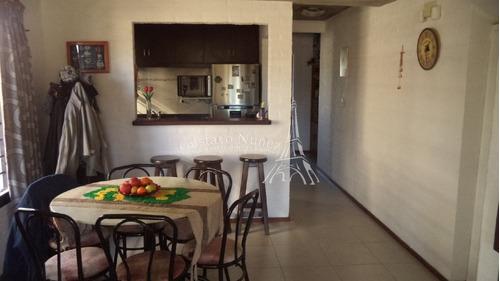 duplex en barrio residencial - ref: 2443