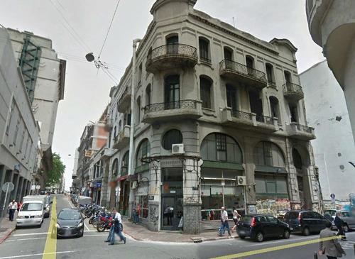 edificio en venta de  en ciudad vieja