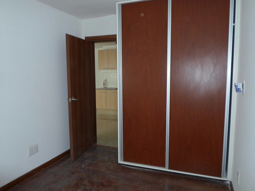 edificio nuevo 1 dorm,parrillero común. bajos gastos comunes