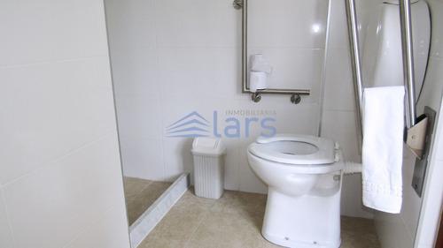 edificio para alquilar en montevideo / centro - inmobiliaria lar's