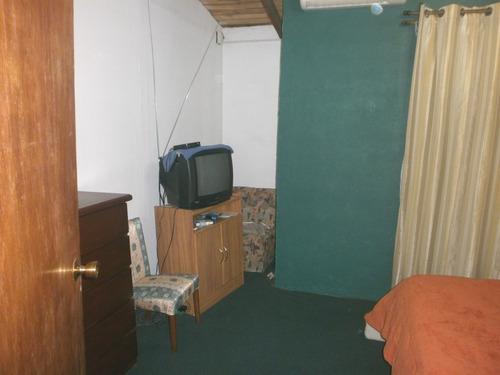 en 2 plantas 3 dormitorios vende o permuta