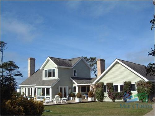 en alquiler y venta.. espectacular residencia estilo americano!!! - ref: 1668