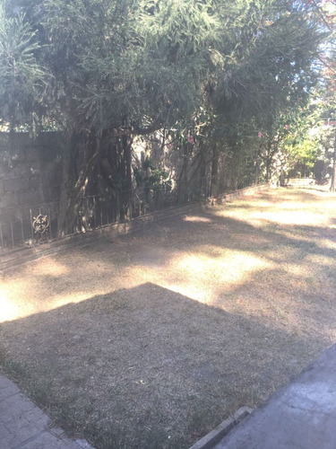 en barrio jardín. buena presencia. el pinar. venta 2 dormito