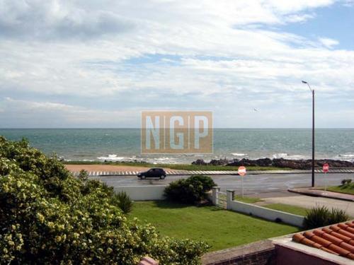 en exclusividad hermoso chalet en la peninsula vista brava  - ref: 18750