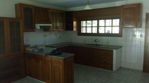 en venta dos casas de dos dormitorios cada una