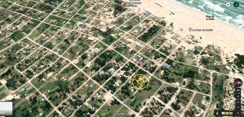 en venta dos terrenos en la viuda a 400m de la playa!!