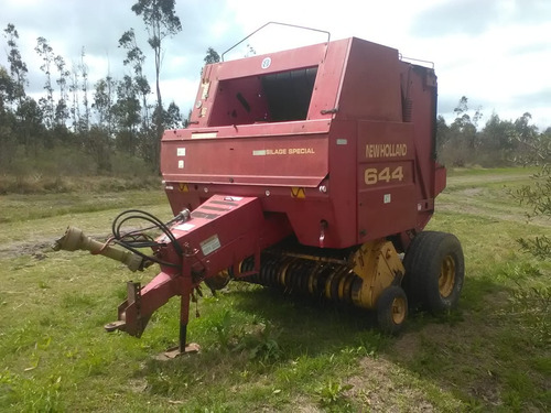 enfardadora new holland modelo 644