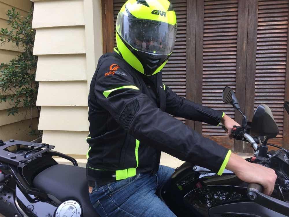 cf01c931545 Equipo De 2 Piezas Para Moto Con Protección Se Compró En Usa - U S ...