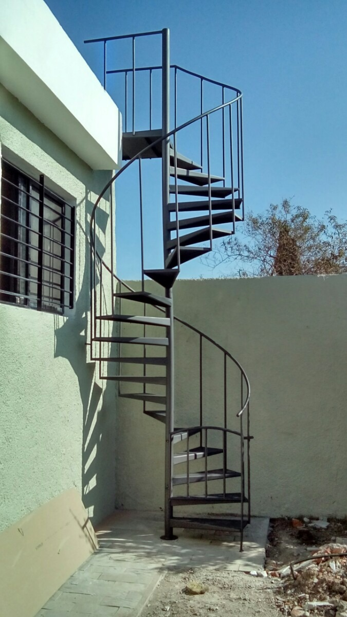 Escalera caracol hasta 300cm altura escalones 60cm chapa 16 en mercado libre - Escalera de caracol exterior ...