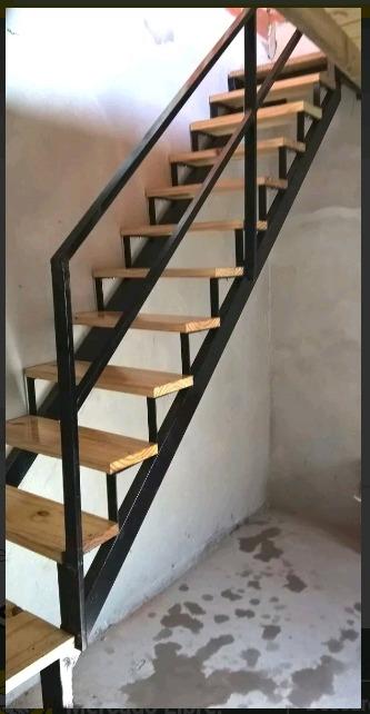 Escaleras Caracol Y Rectas Hierro Y Madera En