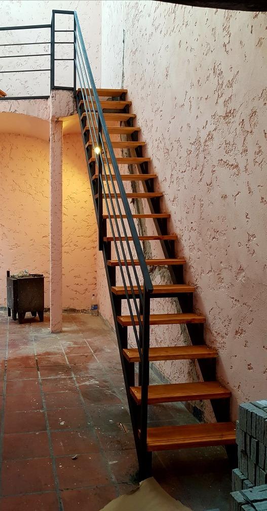 Escaleras caracol y rectas hierro y madera en mercado libre Escaleras de madera exterior