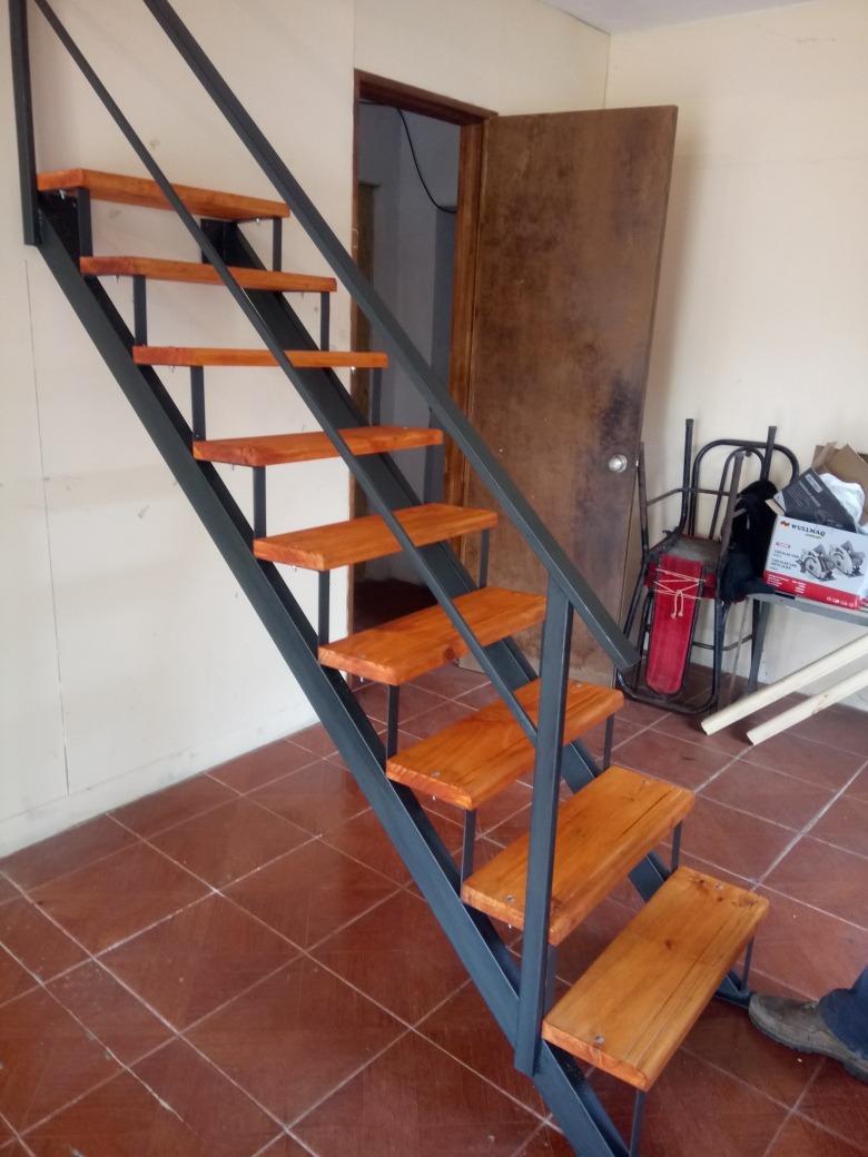 Escaleras Interior 3700 Mt Hierro Y Madera