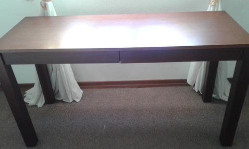 escritorio en cedro