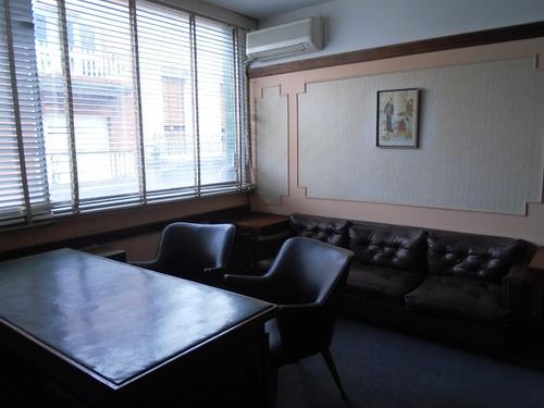escritorio en ciudad vieja
