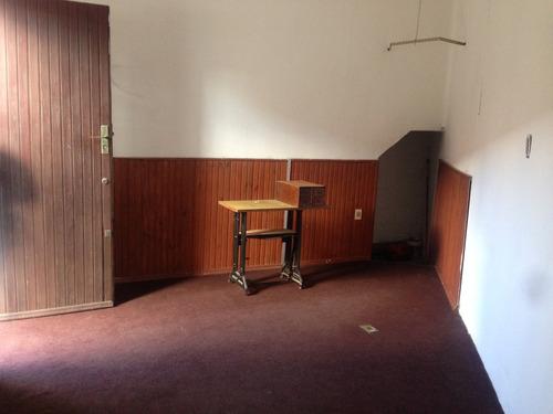 escritorio o consultorio en pugnalini