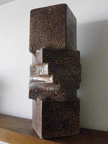 escultura en gres esmaltado, obra de autor