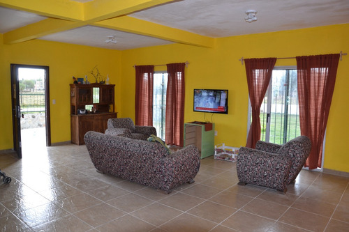 espectacular casa en carmelo (colonia) zona playa  / casino