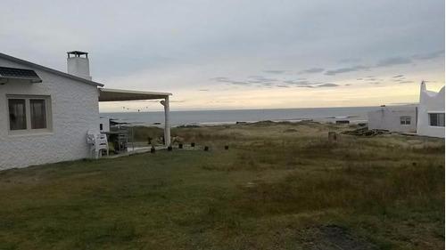 espectacular casa en playa sur cabo polonio. metros del agua
