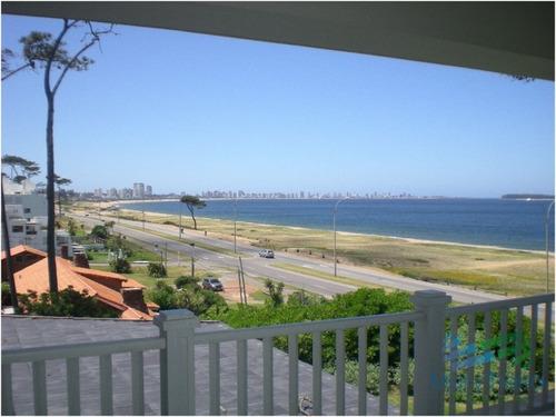 espectacular casa frente al mar en la mansa, punta del este. - ref: 1714