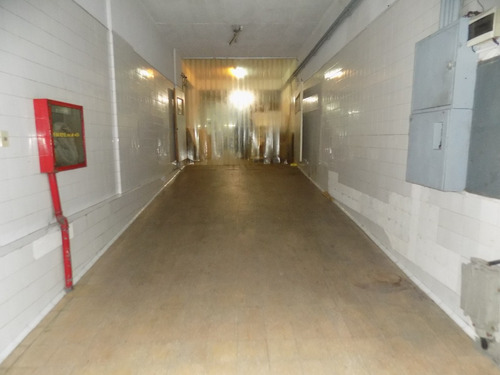 espectacular local 420 m2 ideal parking , comercio deposito