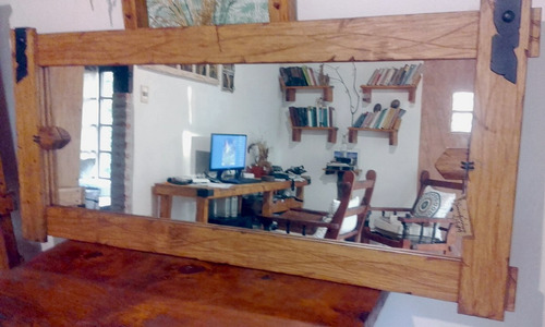 espejo artesanal madera con apliques de hierro decoformas