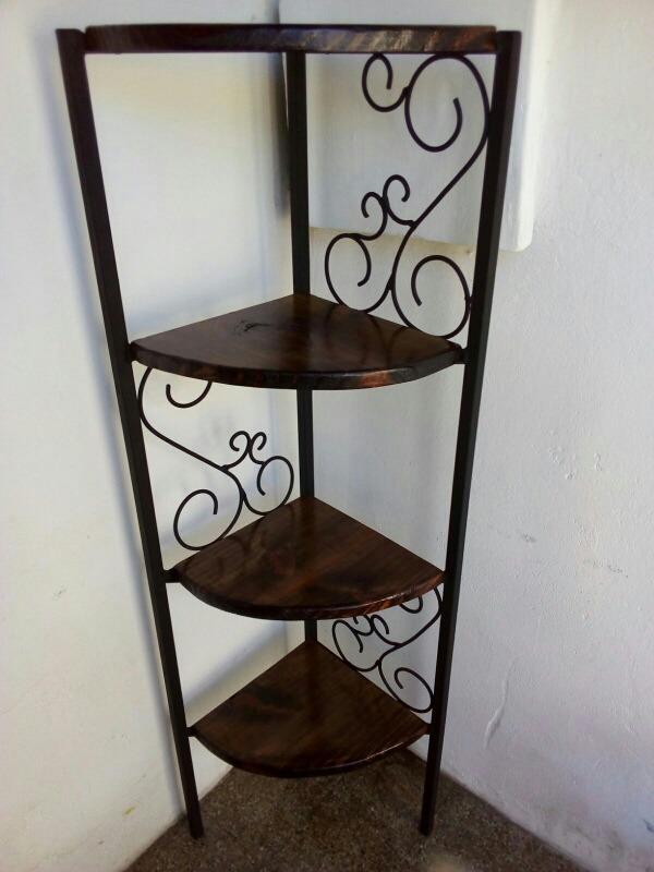 Esquinero en madera y hierro en mercado libre for Muebles esquineros de madera
