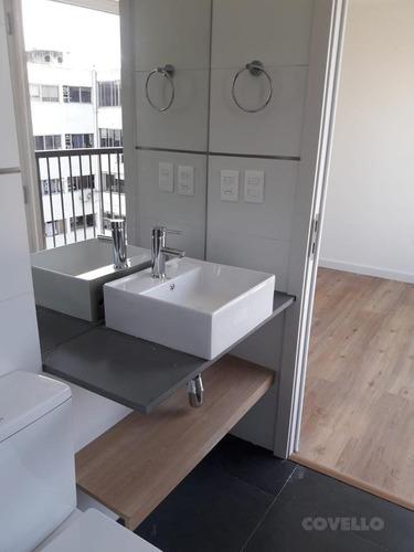 estrena próximo a rambla, 1 dormitorios, 2 baños, 1 en suitte, living comedor con terraza, patio 28 m2.