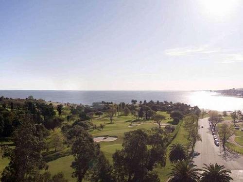 estrene en la mejor zona de punta carretas golf!!