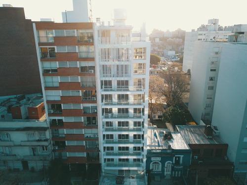 estrene mono con terraza al frente! ideal vivienda o renta.