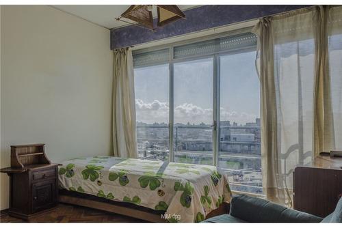 estupendo pent house duplex con 170 m2 de terrazas