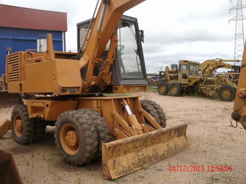 excavadora sobre ruedas case 766