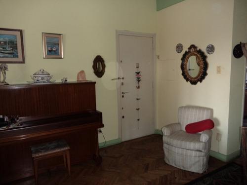 excelente 2 dormitorios con habitación y baño de servicio