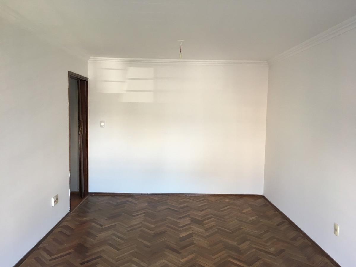 excelente apartamento 3 dormitorios, 1 baño (muy iluminado)