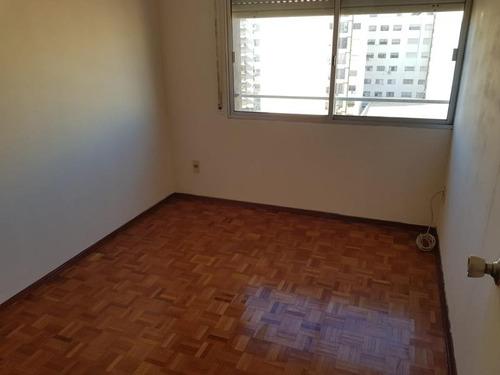 excelente apartamento a 100 mts de la rambla con gge