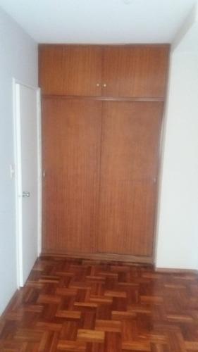 excelente apartamento de 2 dormitorios en pocitos!!