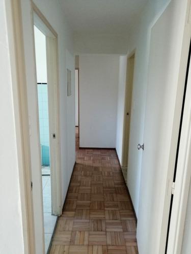 excelente apto amplio de 2 dormitorios, cocina, muy soleado,