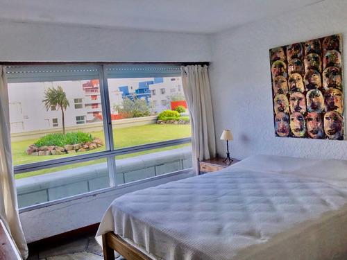 excelente apto de 2 dormitorios a 1 cuadra gorlero - permuta