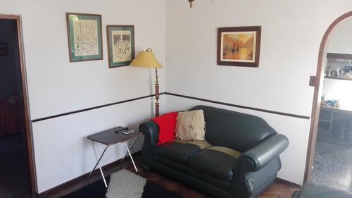 excelente casa 4 dormitorios + 2 baños + cochera + estufa!!