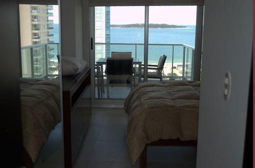 excelente departamento en prda 4 de playa mansa