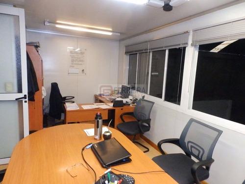 excelente galpón y oficinas en un padrón único de 494 m2