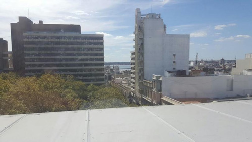 excelente oficina a estrenar a metros de plaza matriz