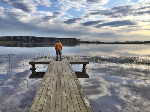 exte. propiedad sobre lago canelon grande