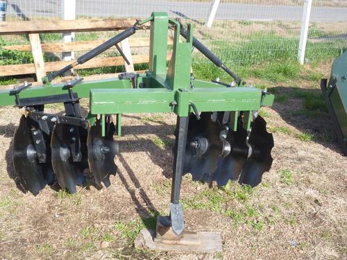 fertilizadora trituradora encanterador estiercol descoladora