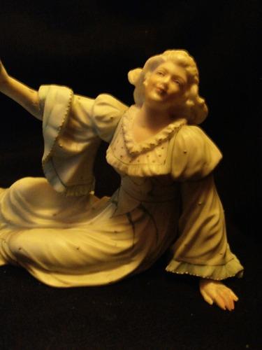 figura en porcelana biscuit