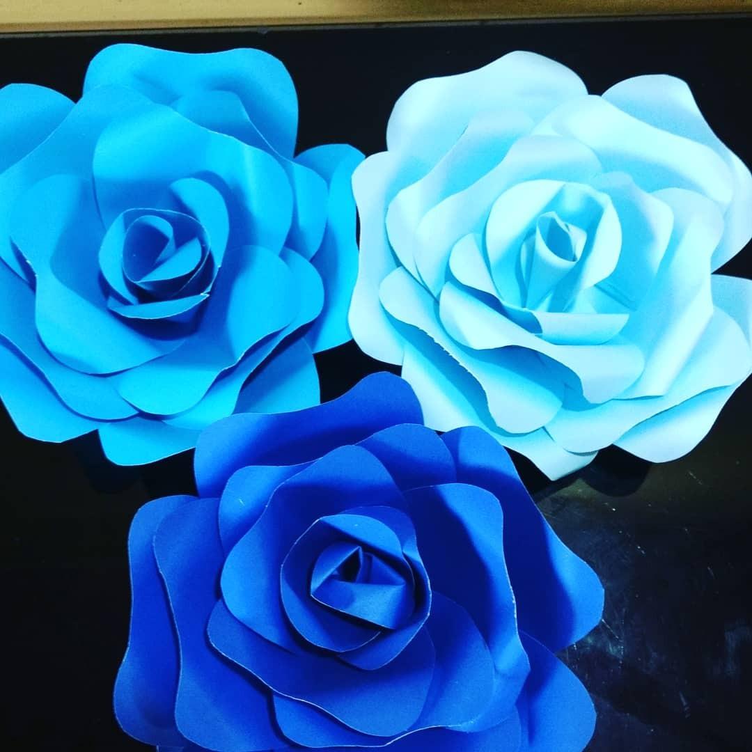 Flor Gigante Tupida 45 50 Cm Divinas De Cartulina 185 00 En