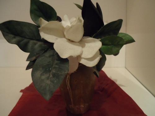 florerito ceramica rustico patinado con flores artificiales