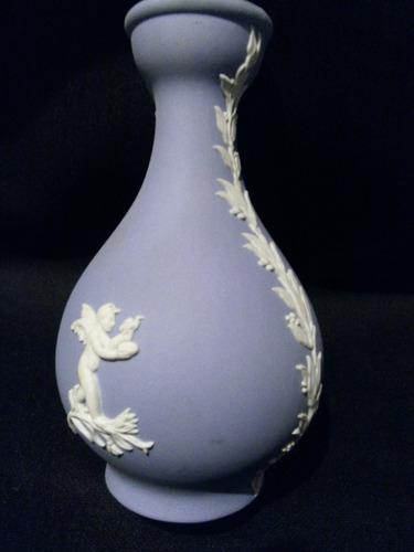 florero en jasperware de wedgwood