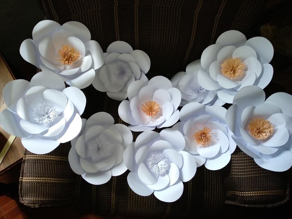 Flores Pequenas De Cartulina Beige Y Blanco 35 00 En Mercado Libre
