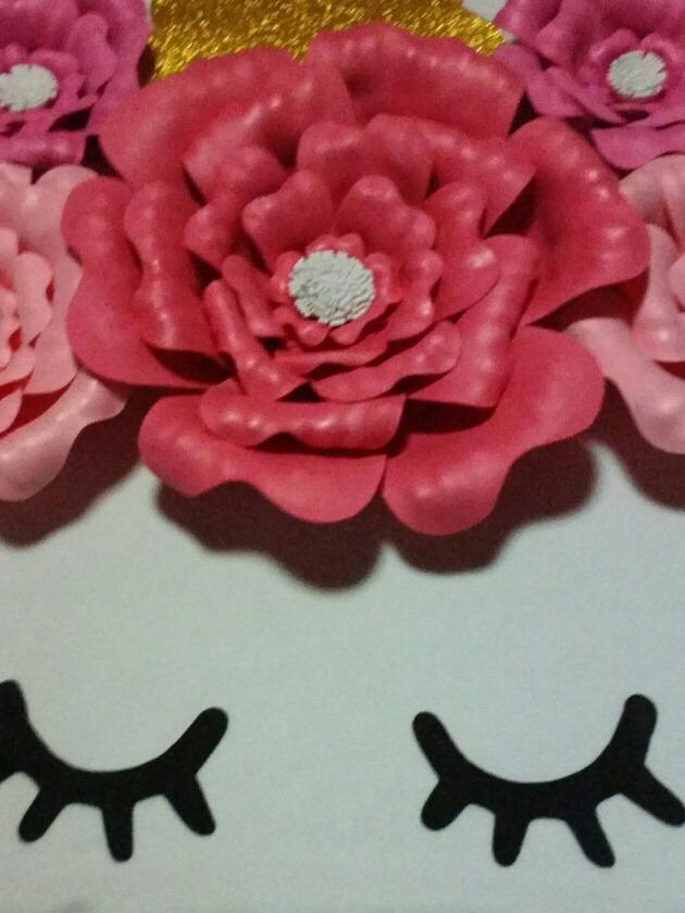 57b99c219f6 flores unicornio de papel o goma eva para cumpleaños. Cargando zoom.