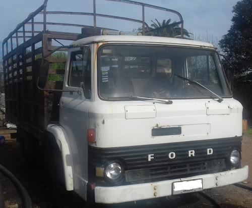 ford 0607 año 1977 funcionando